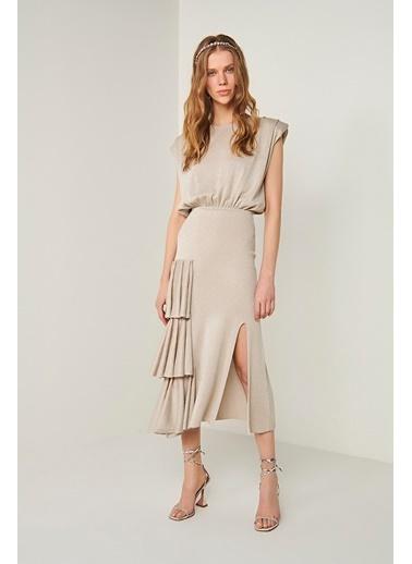 Join Us Vatkalı Fırfır Detaylı Triko Elbise Bej